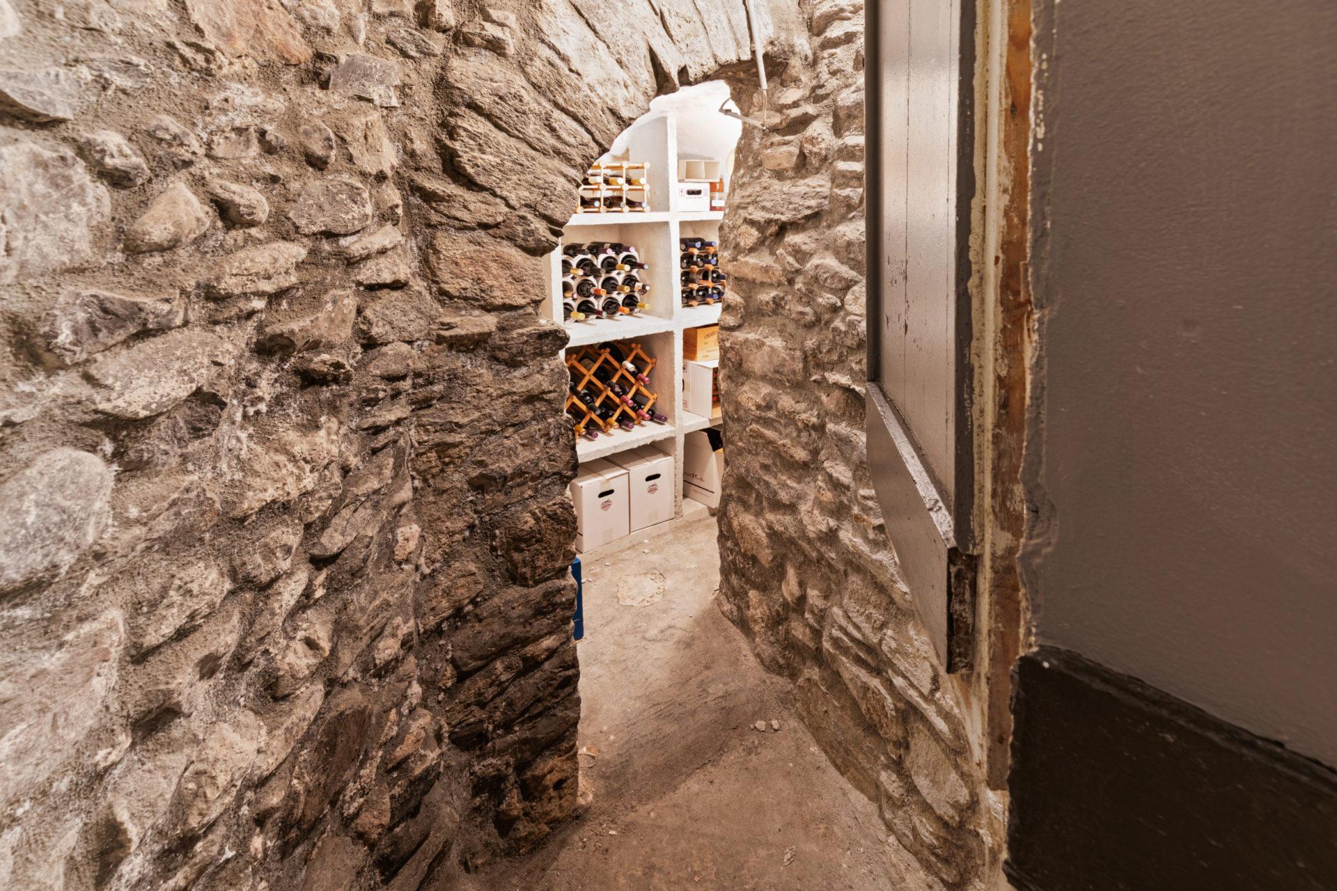 Attique 5 pièces 1/2 de 200 m2 avec terrasse de 20 m2 au cœur de la vieille ville de Sion